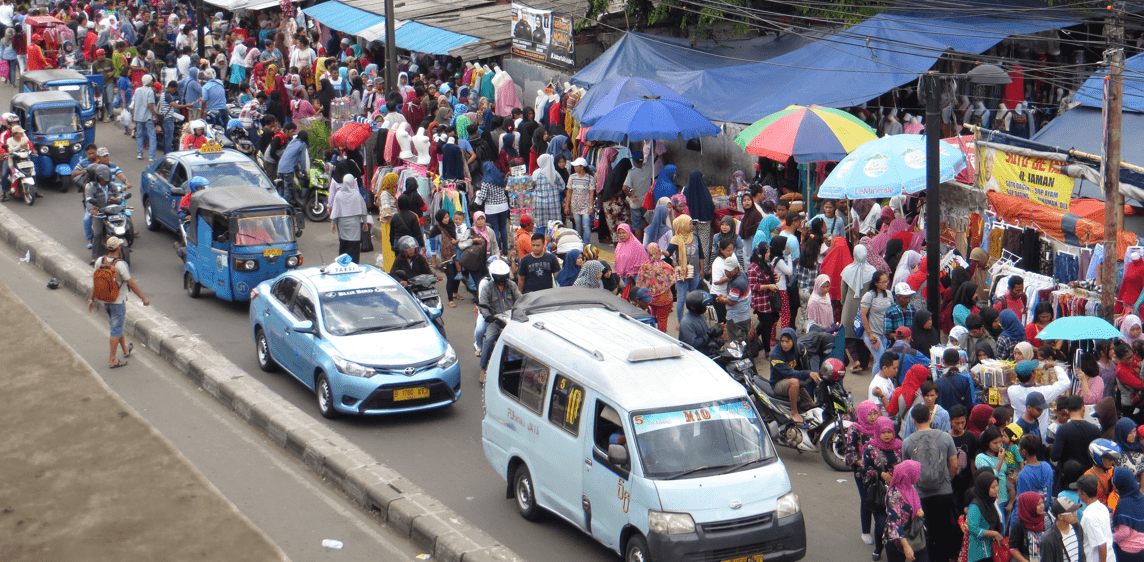 Trotoar Jakarta, Sebenarnya Fasilitas Untuk Siapa