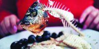 6 Cara ampuh mengatasi duri ikan yang nyangkut di tenggorokan