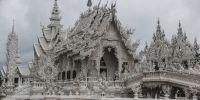 Mengenal Wat Rong Khun, kuil megah yang gambarkan surga dan neraka