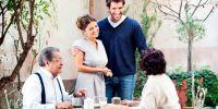 Ketahui 5 tips ini sebelum pertama kali bertemu orang tua pasangan