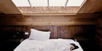 Ini gejala, penyebab, dan cara mengatasi insomnia