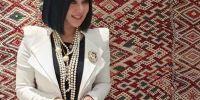 4 Outfit monokrom ala Princess Syahrini, simpel sekaligus glamor