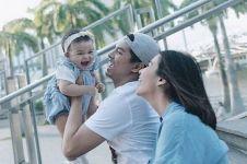14 Potret keharmonisan keluarga Chelsea Olivia dan Glenn Alinskie