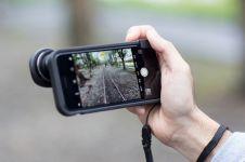 4 Aksesori lensa smartphone yang bikin hasil fotomu makin stunning!