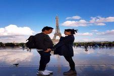 5 Foto kenangan Saphira Indah bersama sang suami