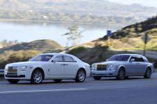 Lebih suka Rolls-Royce Ghost atau Phantom? Ini ulasannya