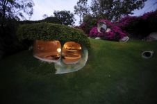 Organic House, rumah seperti dalam film The Hobbit ini bikin takjub