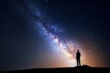 Menurut ilmuwan ini, manusia sendirian di alam semesta