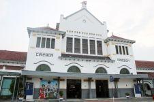 Angkut tebu hingga transit KLB, ini 4 fakta sejarah Stasiun Cirebon