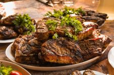 Sukses diet sekaligus bebas konsumsi makanan berlemak dengan DEBM