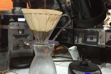 Keunikan menyeduh kopi dengan manual brew V60