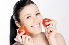 3 Manfaat tomat bagi kesehatan dan kecantikan kulit wajah