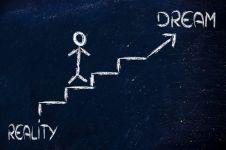 5 Dilema saat memilih antara passion dan realita hidup