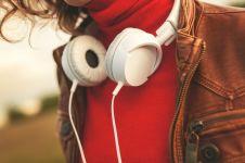 7 Lagu ini wajib didengerin sehabis putus cinta, dijamin semangat lagi