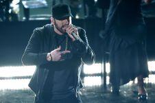 'Dewa Rap' Eminem kembali menggebrak dengan album baru kontroversial