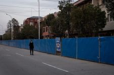 Apakah Indonesia harus lockdown? Kenali dampak yang mungkin terjadi