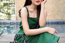 4 Potret Sandra Dewi kenakan dress simpel, cantik dan elegan