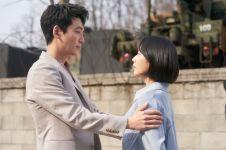 5 Momen manis Ik Sun dan Jun Wan, couple favorit di Hospital Playlist