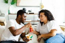 4 Manfaat ngemil untuk tubuh, nggak melulu bikin gemuk