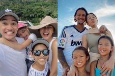 9 Selebritas Tanah Air ini memilih untuk menetap di Pulau Dewata