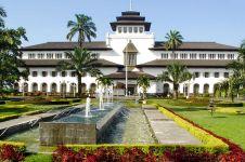 5 Tips asyik liburan ke Bandung ala backpacker