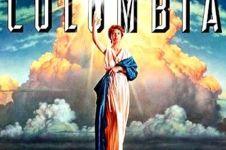 Ini foto asli di balik logo 3 studio film ternama Hollywood