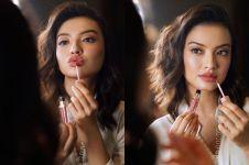 7 Potret Raline Shah dengan senyum tipis nan memikat, bikin jatuh hati