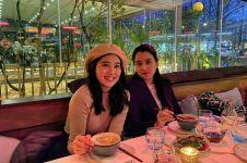 5 Potret kekompakan Marcella dan Olivia Zalianty, sister goals