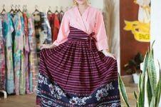 9 Inspirasi outfit kombinasi kain tenun lokal, cantik dan elegan