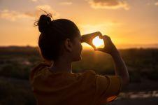 3 Tips dasar yang dapat kamu lakukan untuk mencintai diri sendiri