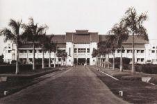 Dinamika kota dan arsitektur bangunan Surabaya abad 18-20