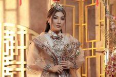 5 Photoshoot Sarwendah dengan outfit Imlek, tampil cantik menawan