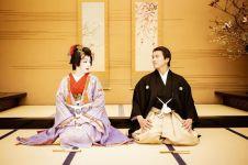 5 Momen manis perayaan anniversary Syahrini dan Reino di Jepang