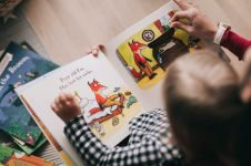 Pentingnya pengenalan pendidikan karakter pada anak sejak usia dini