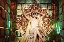 10 Fashion Lisa BLACKPINK dalam video musik 'Lalisa'