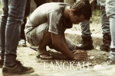 Visualisasi lagu Langkah, Ichon Badguitar rilis trilogi film pendek