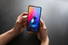 Asus keluarkan smartphone Zenfone 6 series ZS630KL, keren dan kekinian