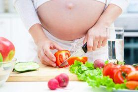 Ini 3 manfaat tomat bagi ibu hamil