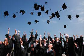 Pengen kuliah gratis di Jepang? 5 beasiswa ini bisa kamu coba