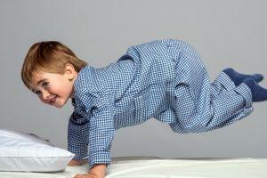 Bingung menghadapi anak hiperaktif? Ikuti 9 tips ini