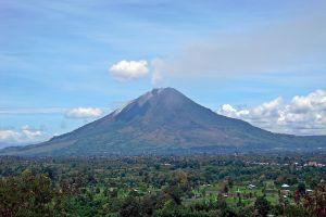 5 Tempat wisata paling berbahaya di dunia, ada dari Indonesia