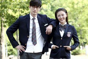5 Fakta Ha Ji-won, aktor Korea yang tetap ganteng di usia 40an tahun