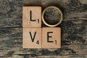 8 Quote seputar cinta ini bikin kamu baper nggak ketulungan
