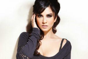 7 Wanita Yang Dianggap Terlalu Cantik Untuk Jadi Bintang Dewasa