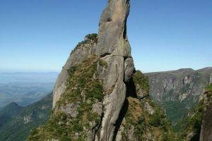 15 Tebing tertinggi di dunia, kamu berani coba manjat?