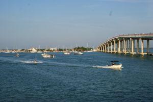 7 Foto keindahan panorama di Progreso, ada dermaga terpanjang dunia