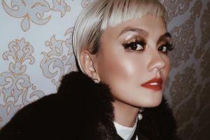 9 Foto transformasi Agnez Mo, dari polos sampai jadi seksi abis