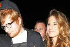 Ed Sheeran resmi bertunangan dengan teman masa kecilnya