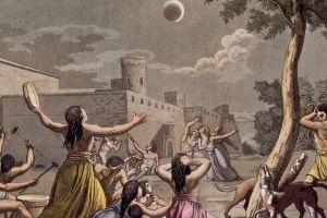 5 Tradisi unik masyarakat Indonesia hadapi gerhana bulan