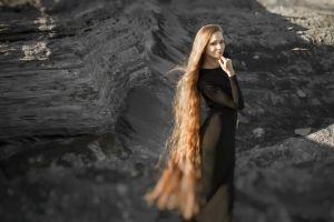 5 Wanita ini dijuluki Rapunzel di dunia nyata, rambutnya bikin melongo